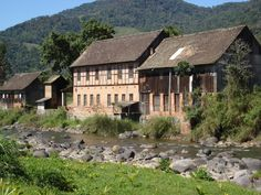 Barn Houses - Rio dos Cedros, Santa Catarina, Brazil