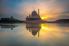 Putra Mosque Morning | Putrajaya