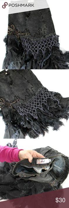 """Rossi Roma sz M Black Denim Gypsy Skirt Rossi Roma sz M Black Denim Gypsy Skirt 17"""" Waist 21"""" Hips 33"""" Long b323 Rossi Roma Skirts Midi"""
