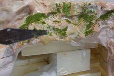 Construcción de un lavadero How To Make, Food, Christmas Crafts, Christmas Villages, Essen, Meals, Yemek, Eten