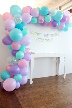 ... Second Birthday Ideas, Baby First Birthday, Unicorn Baby Shower, Unicorn Party, Everest Paw Patrol, Paw Patrol Balloons, Rainbow Parties, Baby Girl Shower Themes, Diy Party