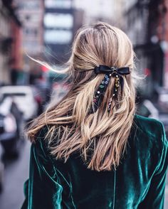 """2,521 Likes, 65 Comments - Mary Orton (@maryorton) on Instagram: """"• blingy holiday hair bow in windy NYC  • #linkinprofile #pardonthesplitends #holidaystyle…"""""""