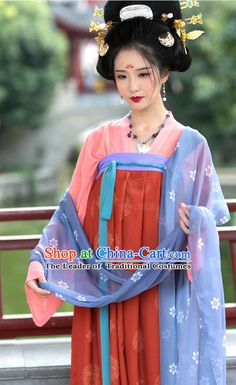 Asian Ancient Costume Chinese Tang Dynasty Clothing and Hair Accessories Clothing Complete Set for Women Traditional Chinese, Traditional Dresses, Dynasty Clothing, Kimono Japan, Asian Hair, Hanfu, Fashion Images, Asian Fashion, Asian Beauty