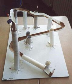 Handicraft tip for children: Simple toilet rolls - marble run! - Marble run from cardboard rolls - Cardboard Rolls, Cardboard Crafts, Paper Crafts, Toddler Crafts, Diy Crafts For Kids, Fun Crafts, Stem Projects, Projects For Kids, Stem Activities