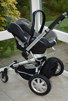 The Quinny Buzz. Pricey but worth it. A fantastic stroller.