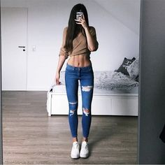 People who struggle to lose weight now have an easier, scientifically-proven option for breaking the weight gain cycle and shedding unwanted pounds: Leptitox. Bikini Fashion, 90s Fashion, Girl Fashion, Womens Fashion, Oufits Casual, Casual Outfits, Estilo Converse, Legging Sport, Leggings