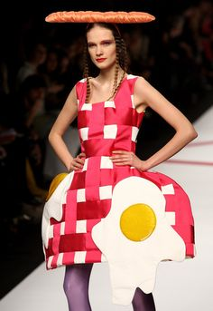 picnic costume  Agatha Ruiz De La Prada: Milan Fashion Week Womenswear A/W 2009 - Runway