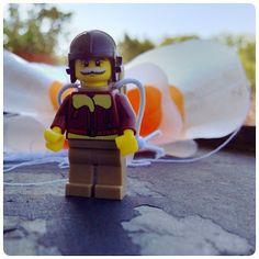 schaeresteipapier: Flugobjekte - Fallschirm für LEGO Minifiguren selb...