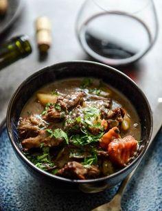 Cabernet Braised Short Rib Stew | howsweeteats.com