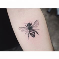 tattoo on the left inner forearm. - Bee tattoo on the left inner forearm. -Bee tattoo on the left inner forearm. - Bee tattoo on the left inner forearm. Spooky Tattoos, Weird Tattoos, Body Tattoos, Small Tattoos, Sleeve Tattoos, Bug Tattoo, Insect Tattoo, Dragonfly Tattoo, Arm Band Tattoo