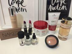 Hoje vou mostrar os produtos que comprei na viagem. É sempre bom boas dicas de maquiagem e outros cosméticos para que possamos estar sempre renovando e conhecendo coisas novas