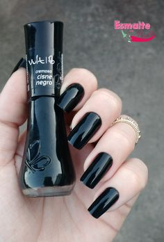 do dia – Esmalte Cisne negro Vult Sexy Nails, Toe Nails, Glitter Toes, Dream Nails, Finger, Nail Arts, Manicure And Pedicure, Natural Nails, Nails Inspiration