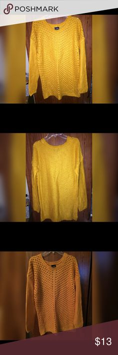 ❌MUSTARD❌ Sweater Never wore size is a M ! No holes or stains , not trading ! Always use button to make an offer 😊😊💙 Sweaters