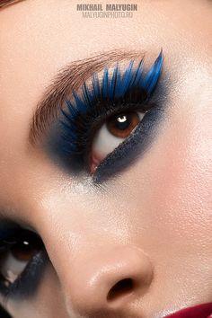 Blue false eyelashes