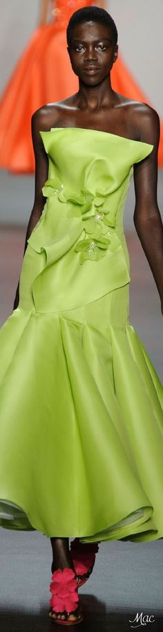 Spring 2016 Ready-to-Wear Angel Sanchez Green Fashion, High Fashion, Pastel Fashion, Fashion 2016, Taffeta Dress, Peplum Dress, Angel Sanchez, Vogue Fashion, Glamour