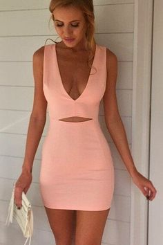 Solid color pink V-neck dress - Miladies.net