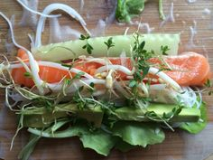 Healthy Food, Healthy Recipes, Spring Rolls, Rice Paper, Fresh Rolls, Paleo, Good Food, Wraps, Drinks