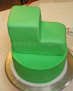 How to Make a Tractor Cake 20