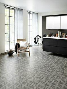Aquarelle Designgolv 3 m - Tarkett Loft Bathroom, Bathroom Inspo, Bathroom Inspiration, Bathroom Ideas, Bathrooms, Hall Flooring, Grey Flooring, Istanbul, Tile Floor