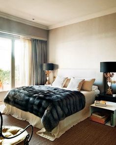bedroom interior design and decor ideas_ modern_ masculine _whitecream bedding with faux fur throw leonard leonard paxton made im officially obsessed - Throws Bedroom