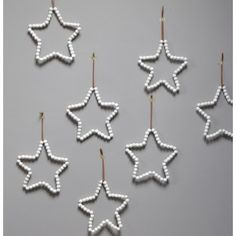 Star in wooden pearls Noel Christmas, Christmas Photo Cards, All Things Christmas, Winter Christmas, Christmas Crafts, Christmas Decorations, Xmas, Christmas Ornaments, Diy Ornaments