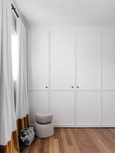 What colour should I paint my internal doors. This is a question that I am regularly asked. Internal doors can be treated in a number of different ways - let me tell you more here. Bedroom Wardrobe, Home Bedroom, Bedroom Decor, Corner Wardrobe, White Wardrobe, Master Bedroom, Bedroom Storage, Wardrobe Closet, Bedroom Ideas