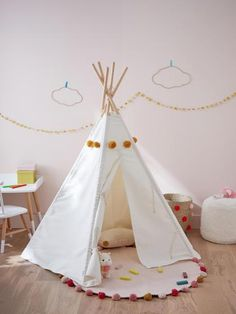 Tentes, cabanes et tipis // Hellø Blogzine blog deco & lifestyle www.hello-hello.fr Jewellery Display, Hanging Chair, Baby Room, Kids Room, Toddler Bed, Ikea, Handmade, Furniture, Home Decor
