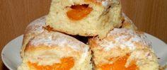 Recept Meruňkové buchty Eggs, Cheese, Breakfast, Food, Morning Coffee, Essen, Egg, Meals, Yemek