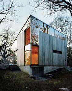 Covetous Connecticut Cottage by Gray Organschi Architecture