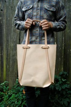The Eddy Tote to Backpack