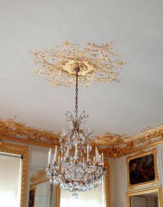 1000 images about gold and silver leaf on pinterest gold leaf ceilings and gold ceiling. Black Bedroom Furniture Sets. Home Design Ideas