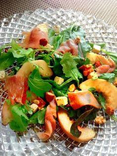桃と生ハムとフェタチーズのサラダ by ヤンボー   レシピサイト「Nadia ...