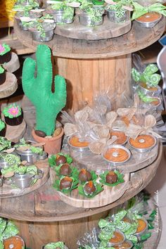Brigadeiros Festa Xerife Callie Cactus, Birthdays, Birthday Parties, Table Decorations, Party, Home Decor, Redneck Party, Low Cost Wedding, Redneck Decorations