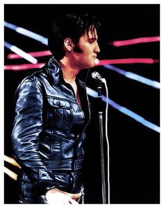 1968 12 3 The special Elvis was aired over NBC TV los Angeles Elvis 68 Comeback Special, A Little Less Conversation, Mac Davis, Nbc Tv, John Lennon Beatles, Elvis Presley Photos, Singing Lessons, Chuck Berry, Musica