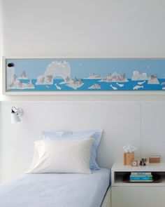 Dream Scene in kid's room - like the border idea above a bed