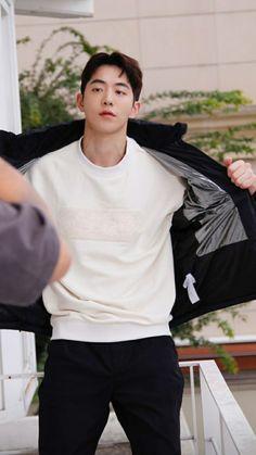 Nam Joo Hyuk Tumblr, Nam Joo Hyuk Cute, Korean Drama Movies, Korean Actors, Jong Hyuk, Nam Joohyuk, Mingyu Seventeen, Cute Korean Boys, Kdrama Actors