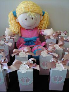 Lembrancinhas para maternidade produzidas por Mônica Guedes