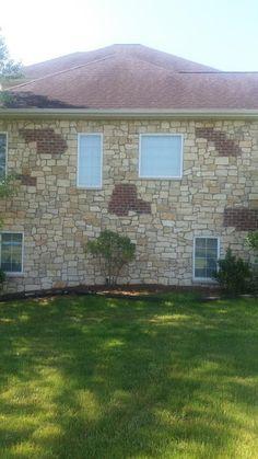 Beautiful exterior brick and stone combination Brick And Stone, Garage Doors, Exterior, Windows, Outdoor Decor, Beautiful, Home Decor, Decoration Home, Room Decor