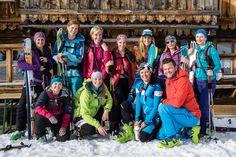 Gela Allmann und das Ladys Camp auf die Alm gebracht und wieder verschwunden. Gute Truppe, feine Tour.   Alle Termine unter www.skitourenwinter.com Fashion, Pictures, Moda, Fashion Styles, Fashion Illustrations