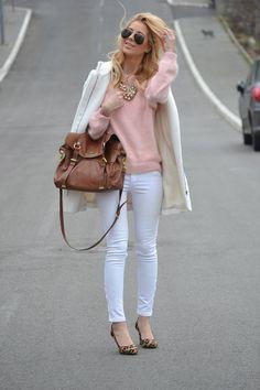 pastel winter outfit - Google-Suche