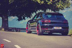 Porsche Macan Stanced on Custom Vossen Wheels - Photo Gallery - autoevolution Porsche Macan Turbo, Vossen Wheels, Good Looking Cars, Ferdinand Porsche, Fancy Cars, Porsche Cars, Car Engine, Car Manufacturers, Car Photos