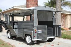 Learn more about French Toaster: 1974 Citroen HY van on Bring a Trailer, the home of the best vintage and classic cars online. Citroen Type H, Citroen H Van, Food Trucks, Glamping, Small Motorhomes, Scooter Storage, Lightweight Trailers, Mercedes Van, Light Trailer