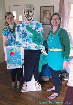 Blue & Green Day may be past, but the pics keep coming in! This one's from our Eugene-area staffer, Sue. Lovely! #blueandgreen2014 #donatelife #ndlm2014