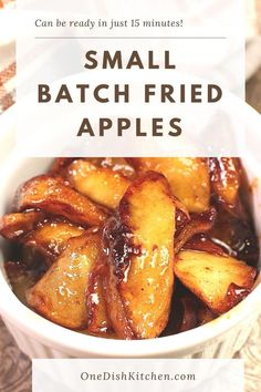 Buttery skillet fried apples are a classic Southern treat. Fresh apples are softened in butter and mixed with sugar and cinnamon. So delicious and they can be ready in just 15 minutes! Cooking For One, Meals For One, Cracker Barrel Restaurant, Freezing Apples, Apple Galette, Slushie Recipe, Mini Apple Pies, Single Serving Recipes, Fried Apples