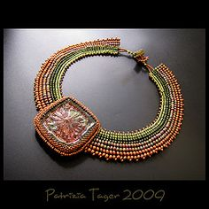AMAZING !!!!!!!!!!!!! Primeval Forest - Collar (Triz Designs) Tags: green necklace handmade jewelry copper beaded beadwork cabochon beadembroidery beadweave makustudio trizdesigns