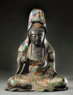 Cloisonne bronze representing the Buddha