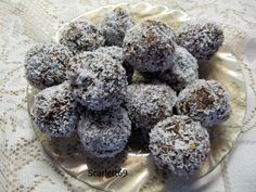 Kókuszgolyó zabpehelyből Healthy Sweets, Paleo, Sweet Stuff, Breakfast, Recipes, Food, Morning Coffee, Essen, Eten