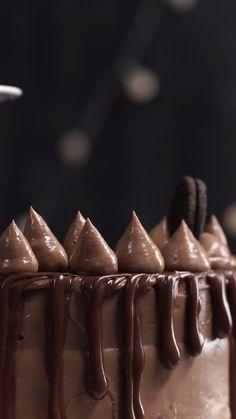 Best Ever Chocolate Fudge Cake - New ideas Baking Recipes, Cake Recipes, Snack Recipes, Dessert Recipes, Snacks, Chocolate Fudge Cake, Chocolate Desserts, Delicious Desserts, Yummy Food