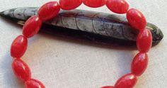 6 Tips for Making Elastic Stretch Bracelets that Last Diy Bracelets Elastic, Making Bracelets With Beads, Stretch Bracelets, Handmade Bracelets, Beaded Bracelets, Homemade Jewelry, Diy Jewelry, Gemstone Jewelry, Beaded Jewelry