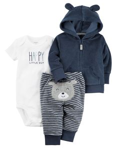 With a soft terry jacket and little bear on the bottom, this babysoft set keeps your little one cuddly all day.